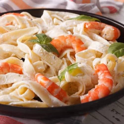receta de pasta espaguetis con camarones y salsa cremosa